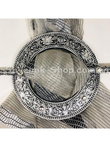 Шторная заколка Гипсовая Диаметр внутрений : 11,5 cm Внешний диаметр 18,5 см Цвет : Черное Серебро в упаковке 2 штуки цена за упаковку