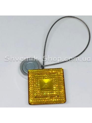 Магнит на тросе Квадрат Цвет : Золото  цена за 2 шт