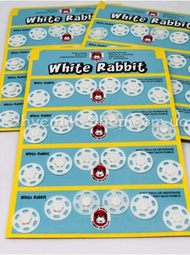 Кнопка Пришивная Пластиковая Размер 1,8 см Цвет Белый в Упаковке 6 листов 144 кнопки
